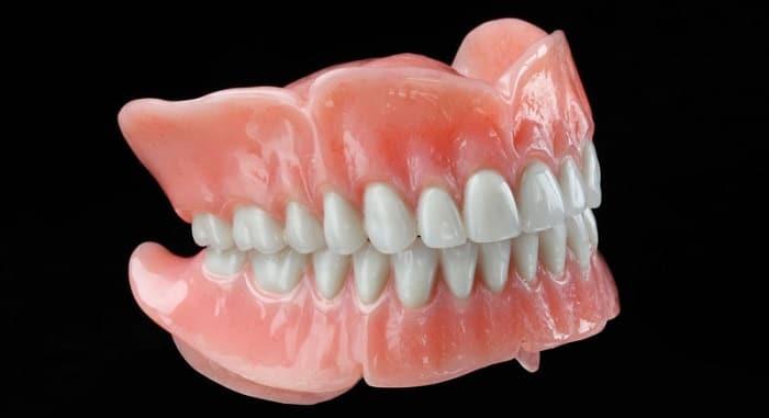 طراحی دندان مصنوعی استاندارد و متحرک و مقرون به صرفه