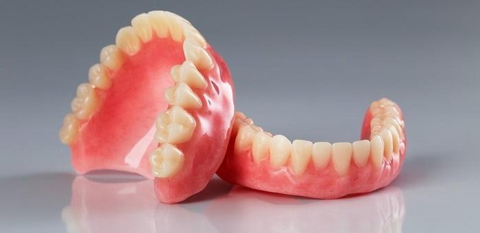 پروتزهای کامل ساخت انواع دندان مصنوعی