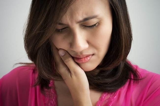 علائم حساسیت دندان